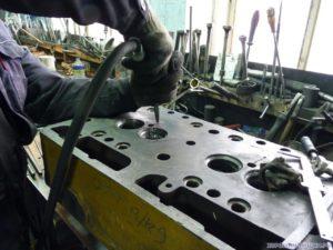 Сварка головки блока цилиндров двигателя