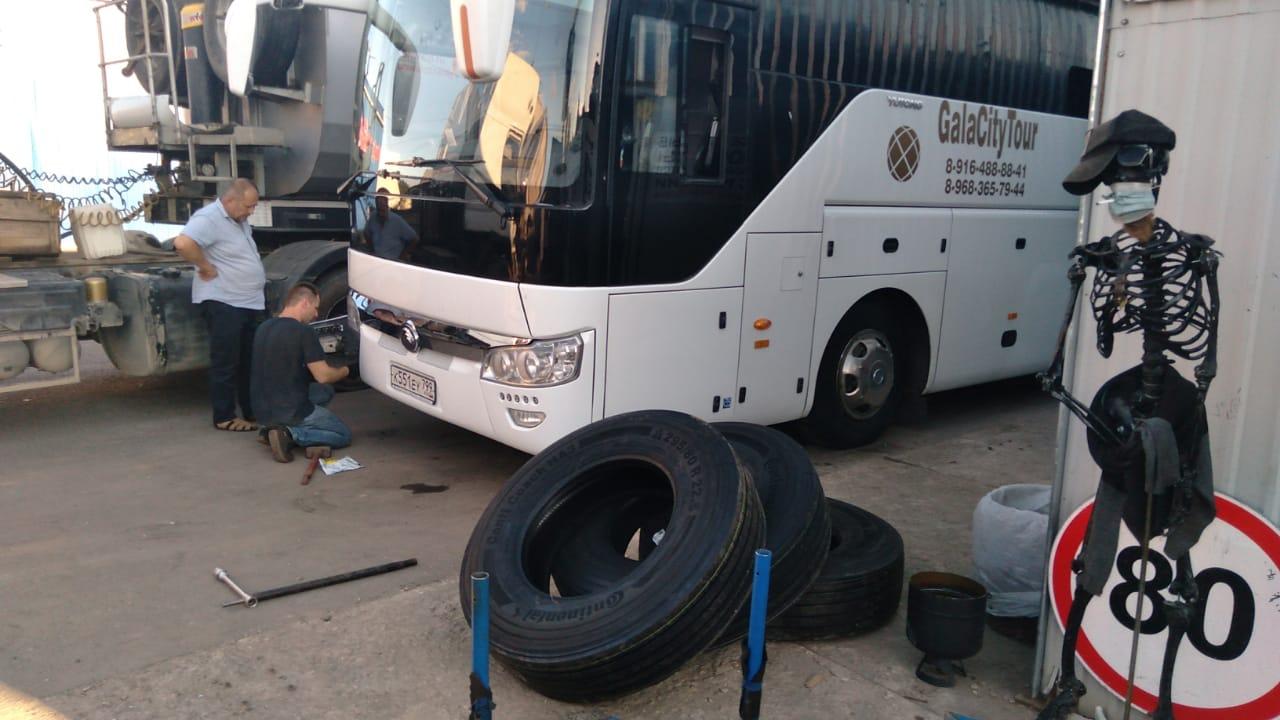 Переобувка автобуса в ШинДоктор