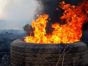 Пожарная опасность при сезонном хранении шин